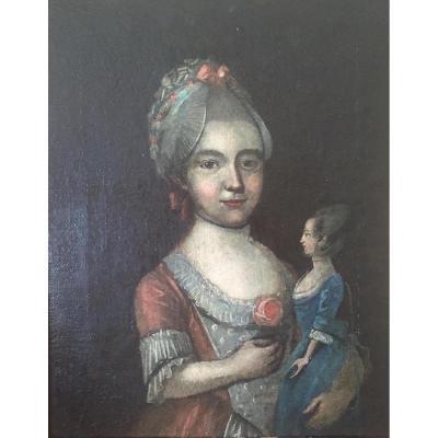 Touchant Portrait De Jeune Fille à La Poupée