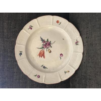 Assiette En Porcelaine De Ludwigsburg XVIII