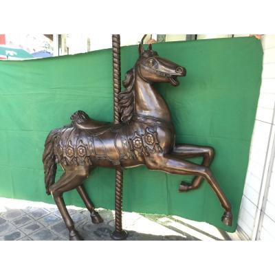 Statue en bronze, Cheval De Manège à Patine Brune XXème