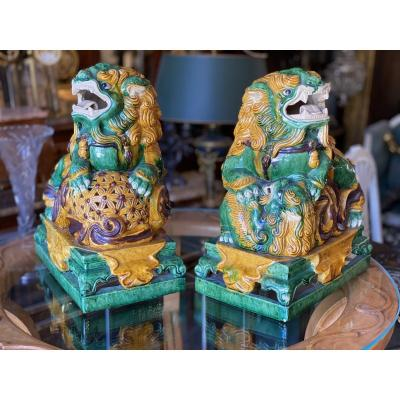 Pair Of Pho Dogs In Glazed White Terracotta, China, Asia