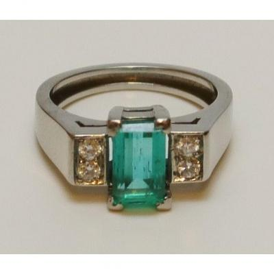 White Gold And Emerald Ring, Leysen
