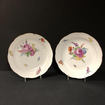 Pair Of Meissen Porcelain Dishes From The 18th Century (interesting Origin From Russia)