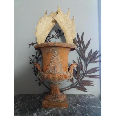 Vase Medicis En Fonte De Fer....xixiém.