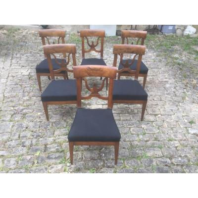 Six Walnut Chairs, Early 19th Century