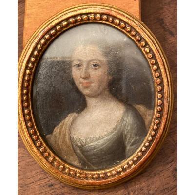 Miniature portrait, peint sur cuir daté 1742