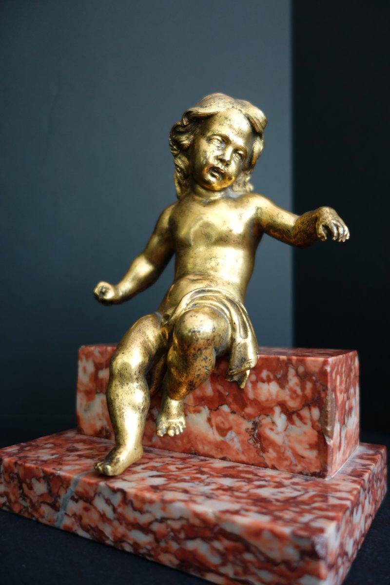 Putto En Bronze Doré XVIIIe Sur Terrasse Marbre