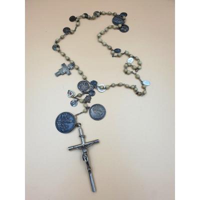 Important Chapelet Orné De 22 Médailles Et Un Crucifix