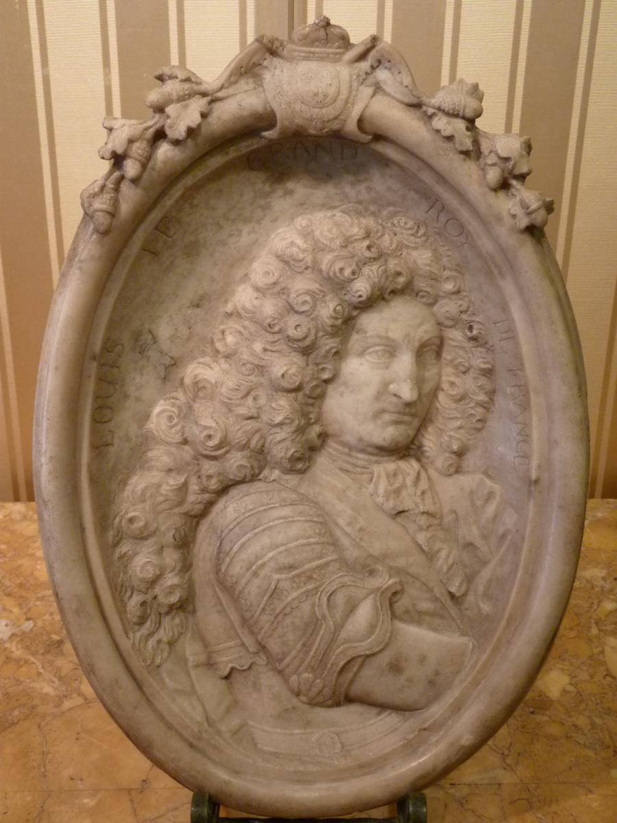 Portrait Du Roi Louis XIV, Bas-relief En Marbre, époque Louis XIV