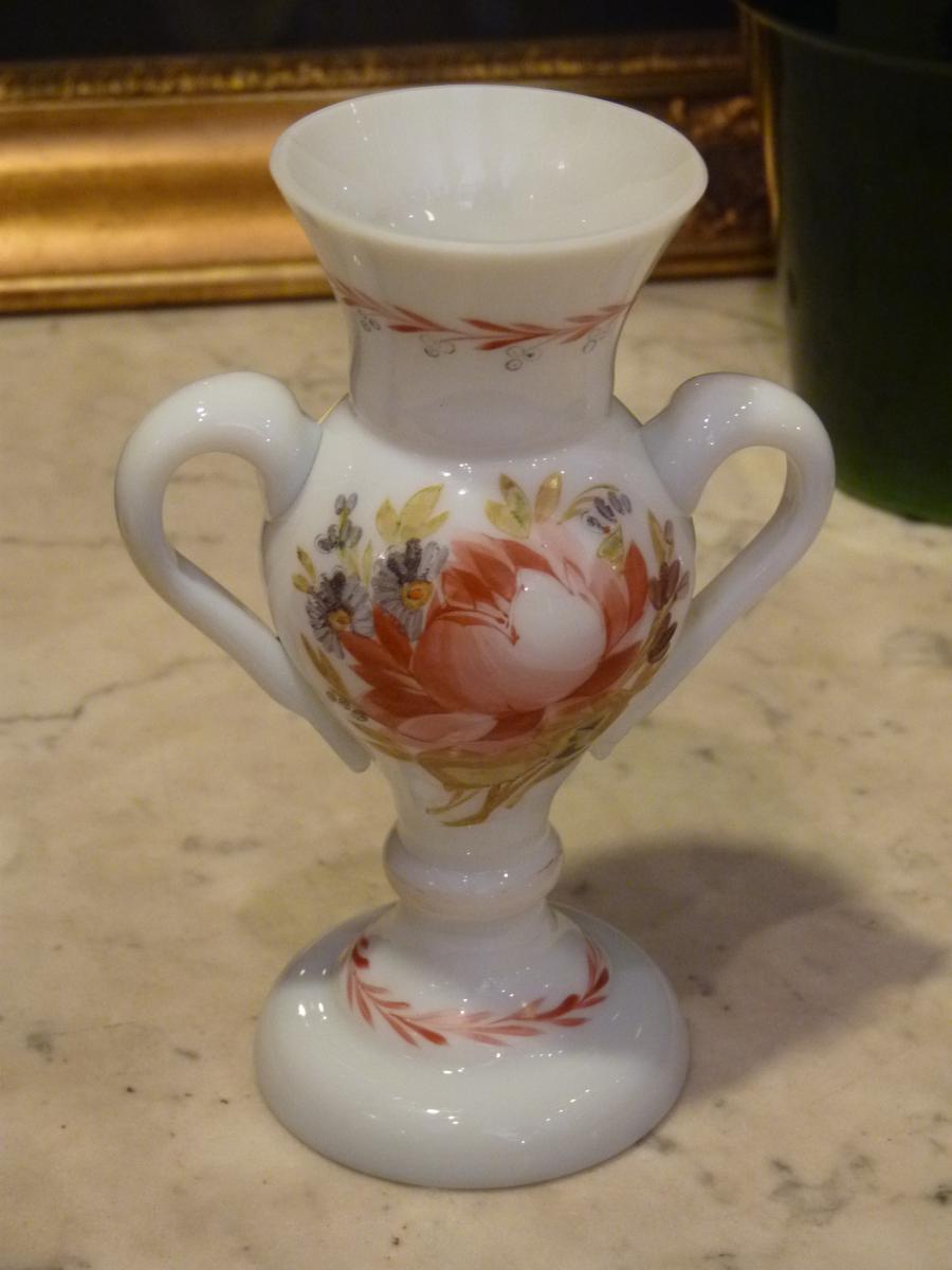 Vase en opaline d cor de roses anciennes 18 me si cle for Decoration 18eme siecle