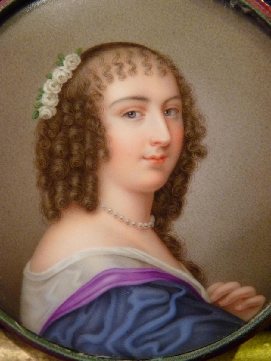 Sophie Girard, Miniature Sur Porcelaine, Ninon De Lenclos, époque Restauration