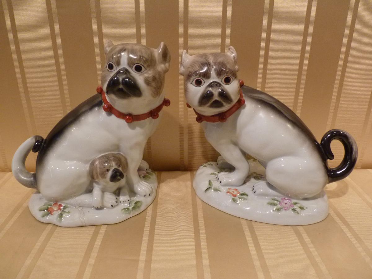 Paire de Carlins en Porcelaine de Paris -photo-3