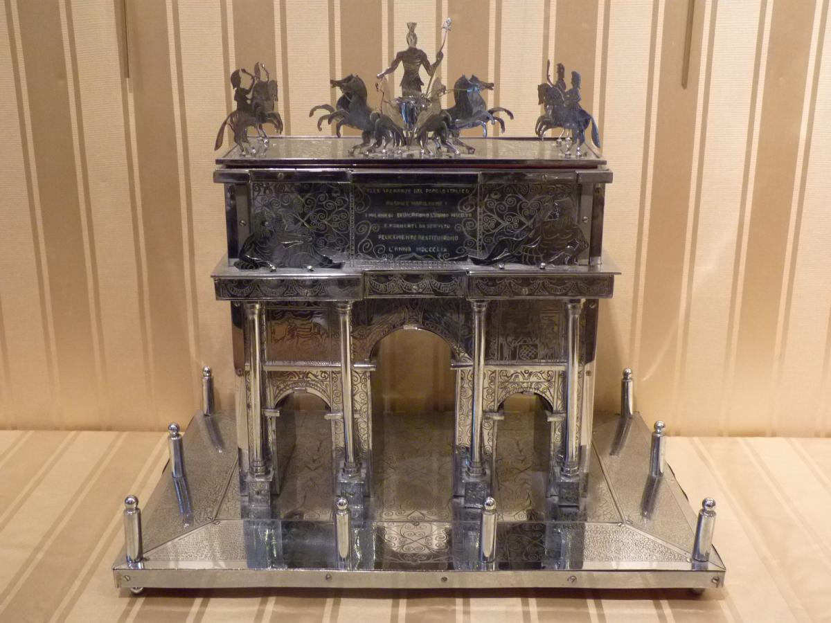 Arc de Triomphe de la Paix à Milan, Réduction Métal Argenté