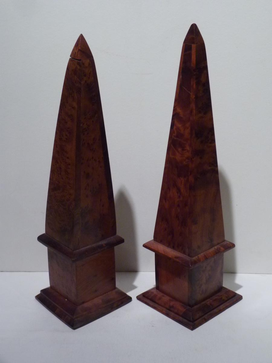 Pair Of Obelisks, Thuya Loupe, 20th Century