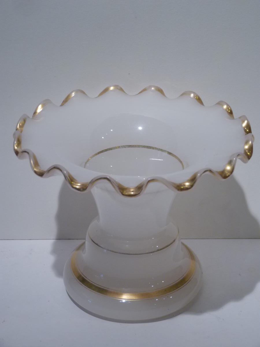 Vase Opaline à Collerette, Epoque Napoléon III