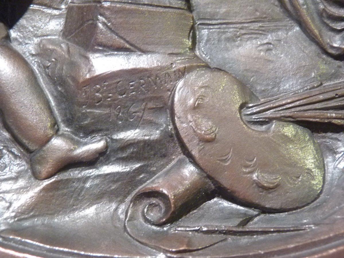 Jean Baptiste Germain (1841-1910) Allégorie des Arts, Médaillon Bronze Patiné-photo-3