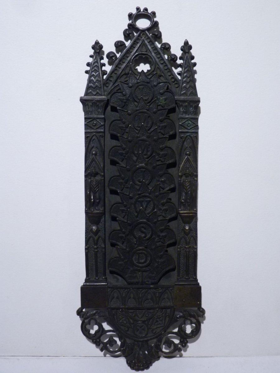 Semainier Néogothique, Bronze Patiné, Epoque Restauration