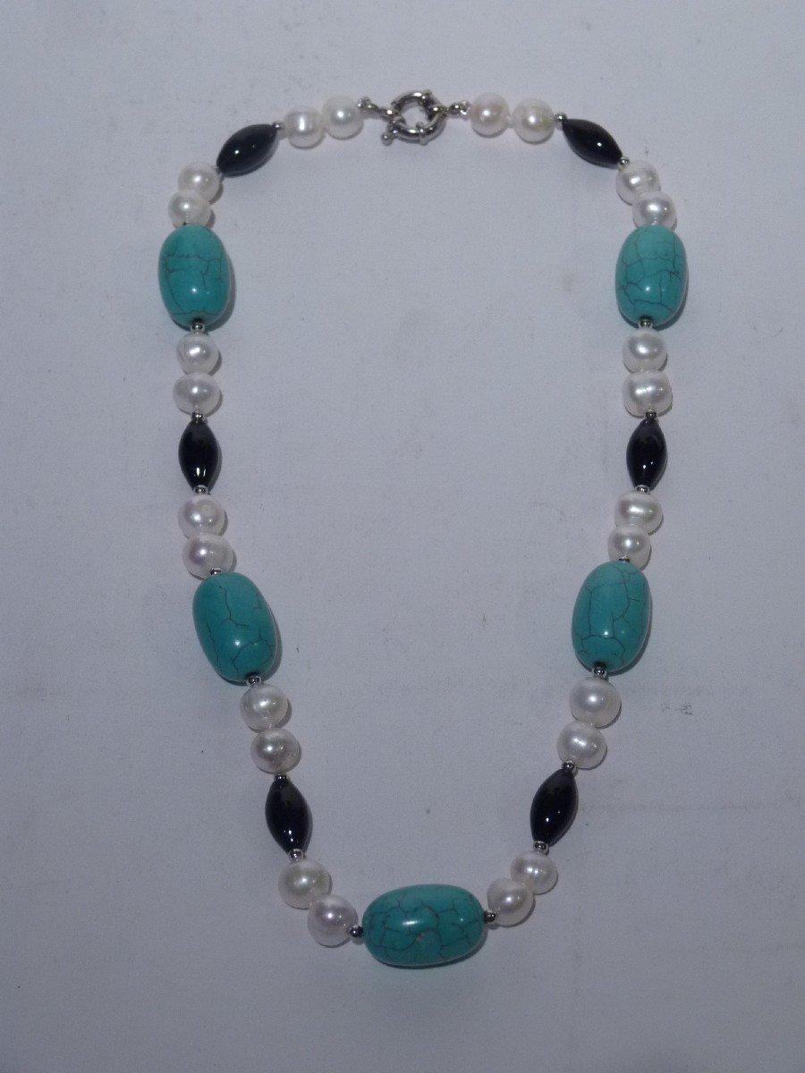 Collier Perles d'Eau Douce, Turquoises, Onyx et Acier, XXème Siècle
