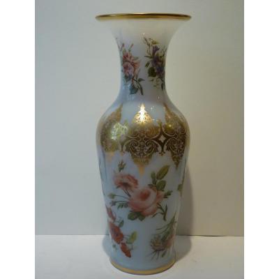 Vase en Opaline, Atelier Jean François Robert, Epoque Louis-Philippe