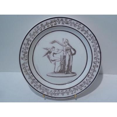Faience Fine de Sèvres, Assiette Diane Enchaînée par l'Amour, Empire