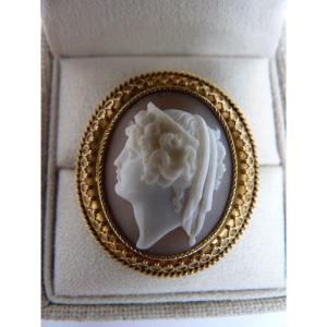 Cameo Brooch, Antique Female Profile, Gold Setting, 19th Century