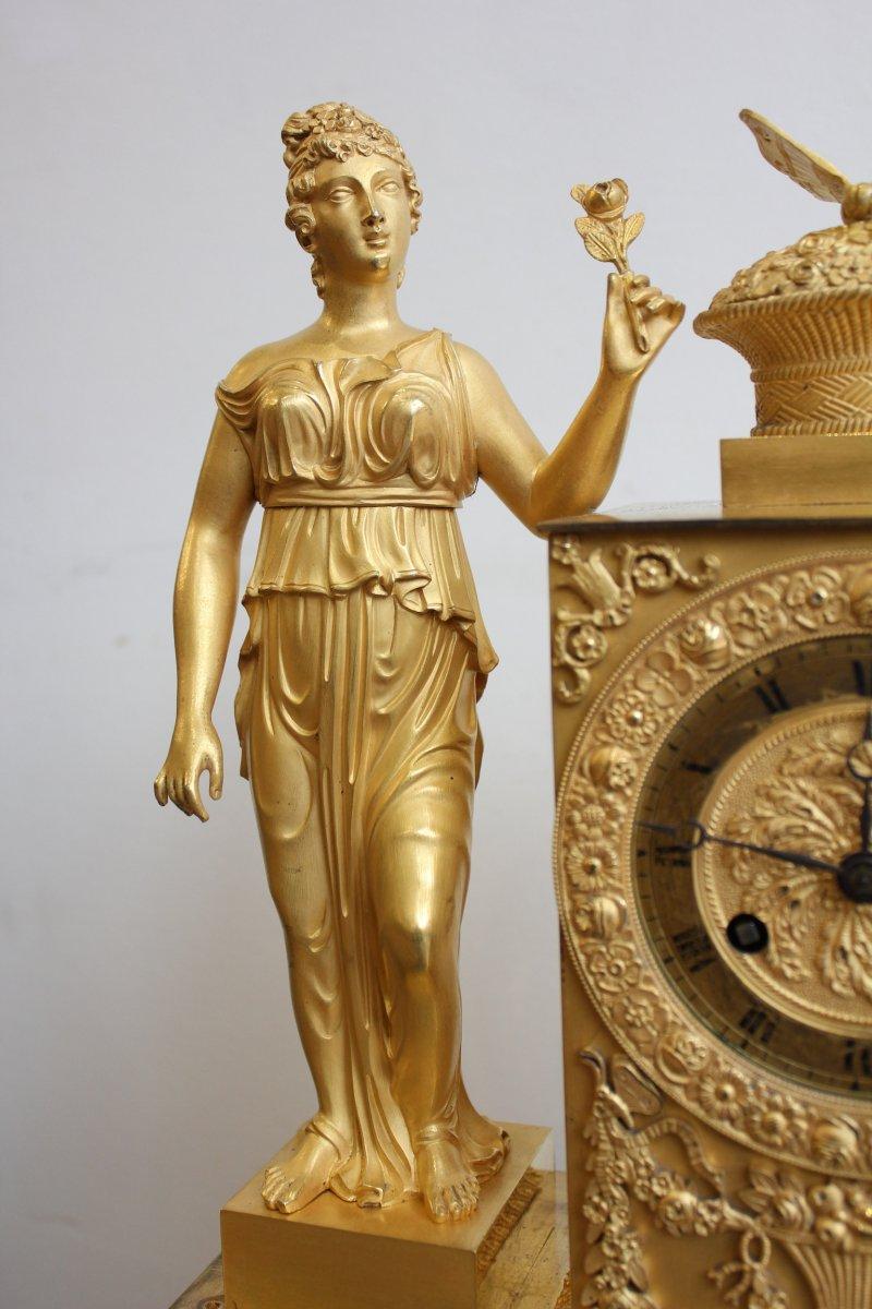 Pendule  Femme  à l'Urne Et Au Papillon Epoque XIXème-photo-3