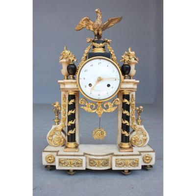 Late 18th Century Black And White Marble Clock With Eagle Decor