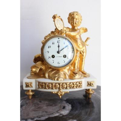Pendule Représentant Un Amour Fin XVIIIème Début XIXème