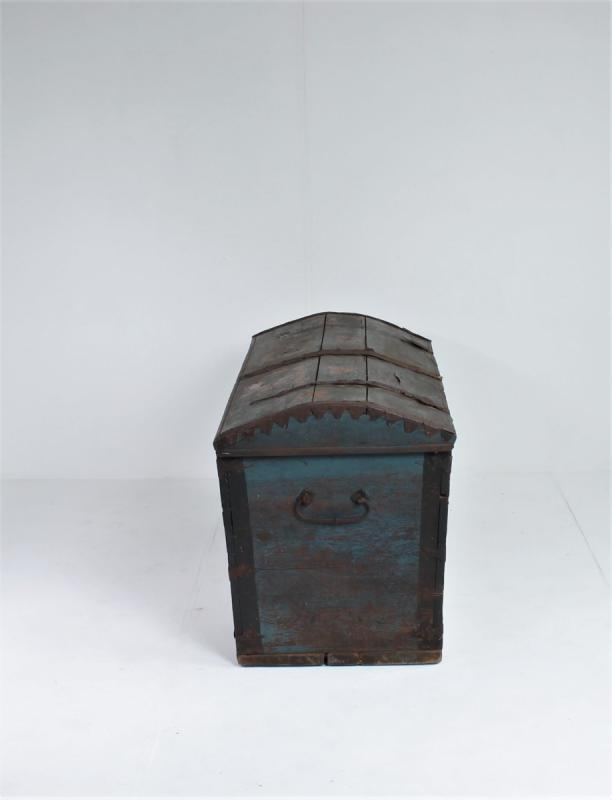 Swedish Trunk With Original Paint-photo-4