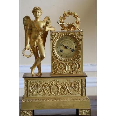 Pendule En Bronze Doré, à l'Ange, époque Empire , Début Du XIXe Siècle