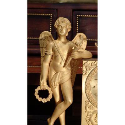Pendule en bronze doré d'époque Restauration