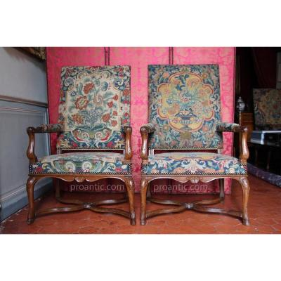 Rare Suite Six Armchairs Apparat Walnut, Regency Period, Eighteenth
