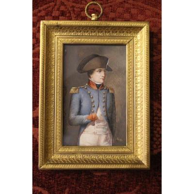 Napoléon Bonaparte en tenue militaire, miniature sur ivoire, vers 1800, XIXe siècle.