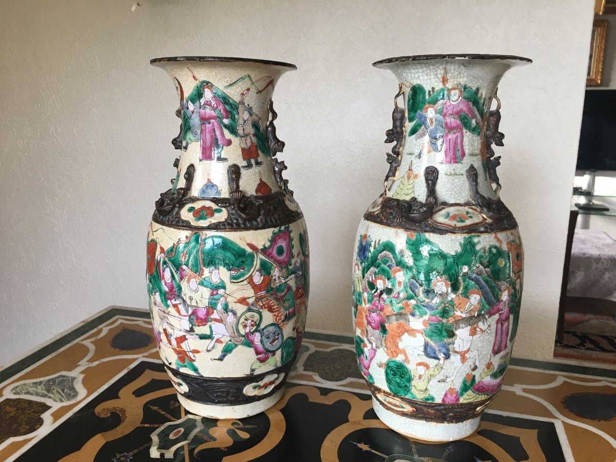 Grande Paire De Vases En Porcelaine De Nankin 19eme