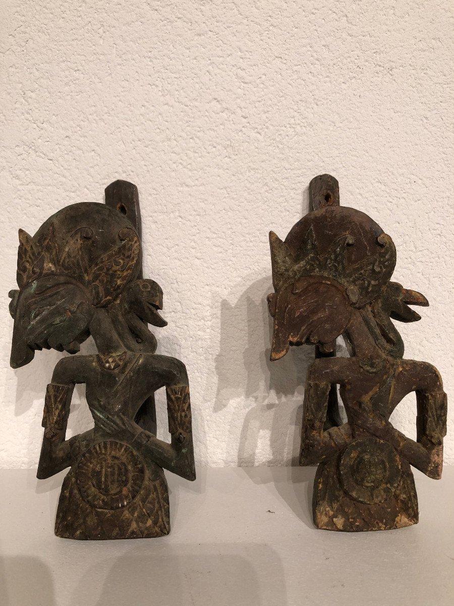 Rare Paire d'Embrase De Lit A Baldaquin Bois Polychrome Bali Indonesie