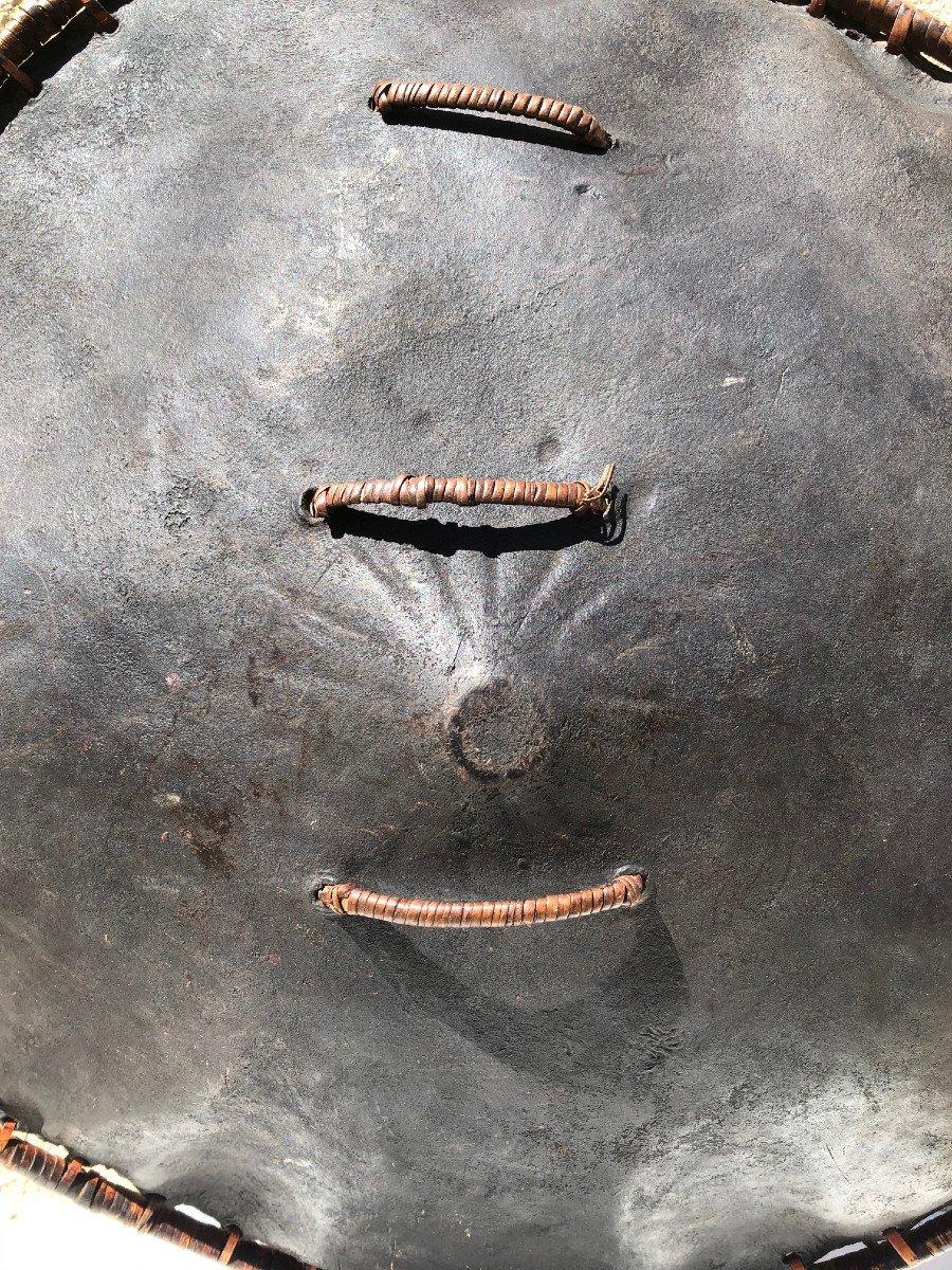 Bouclier En Cuir De Buffle Ile Sumba Indonesie -photo-3