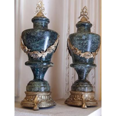Pair Of Cassolettes In Green Veined Marble From The 19th