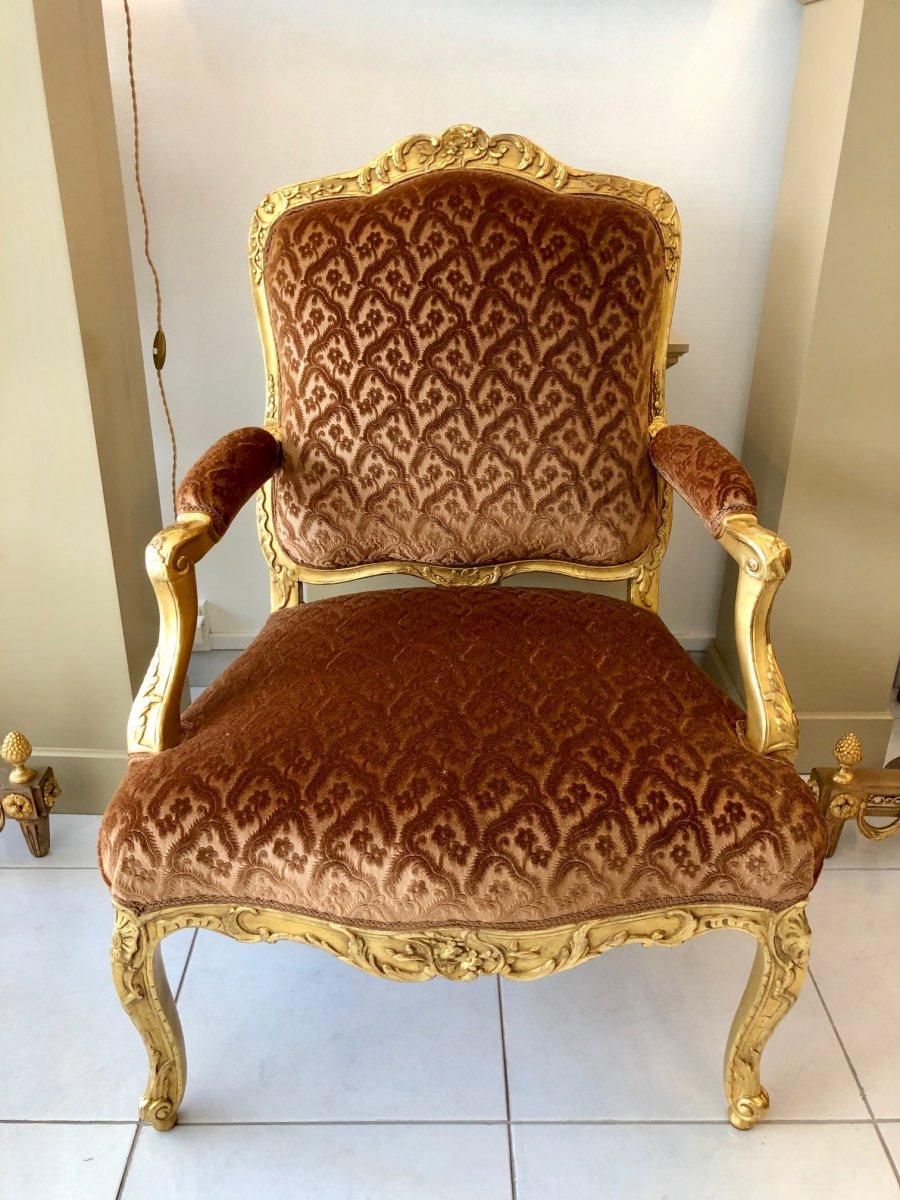 Louis XV Armchair In Golden Wood