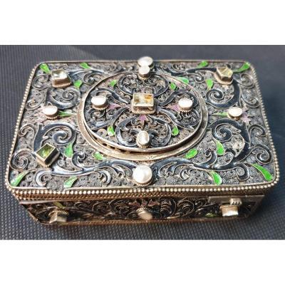 Singer Bird Box In Vermeil Pearls And Stone XIXth Century