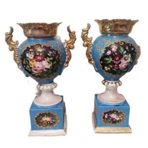 Paire De Vases Napoléon III En Porcelaine De Paris Bleu De Sèvres