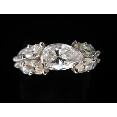 Bague Or 18 Carats Diamant Taille Poire 0,95 Carat Et Marquises