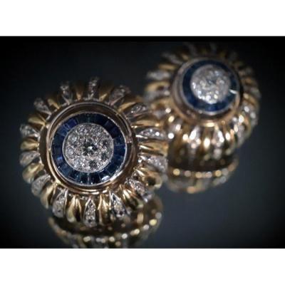 Paire De Boucles d'Oreilles  Or 18 Carats Saphirs 1,25 Carats Et Diamants 1,50 Carats