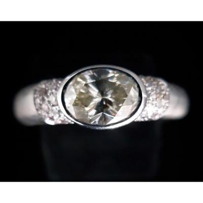Bague Or 18 Carats Avec Diamant Ovale 1 Carat