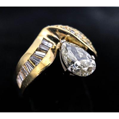 Bague En Or 18 Carats Avec Diamant Poire 1 Carat + Diamants 1,50 Carats