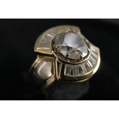 Bague En Or 18 Carats Avec Diamant Taille Brillant De 2,50 Carats Et 14 Baguettes