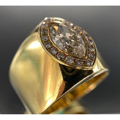 Bague En Or Jaune 18 Carats Avec Diamant Taille Marquise De 1,50 Carats (si - G/h)