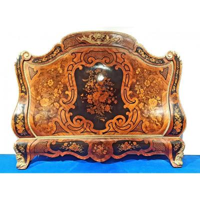 Exceptional Napoleon III Bed In Marquetry