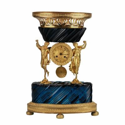 Pendule De Cheminée En Verre Et Bronze De l'époque De Nicolas I (1825-1855) Russie.