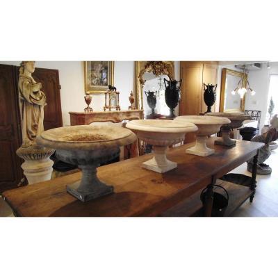 Quatre vases médicis  en marbre