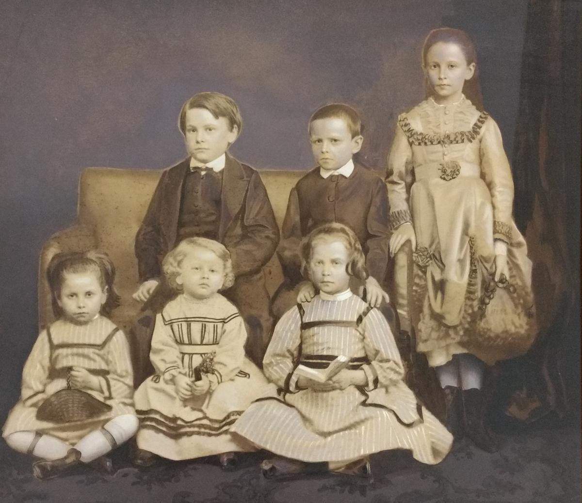 Photographie. Alphonse Plumier. Groupe d'Enfants. 19e.