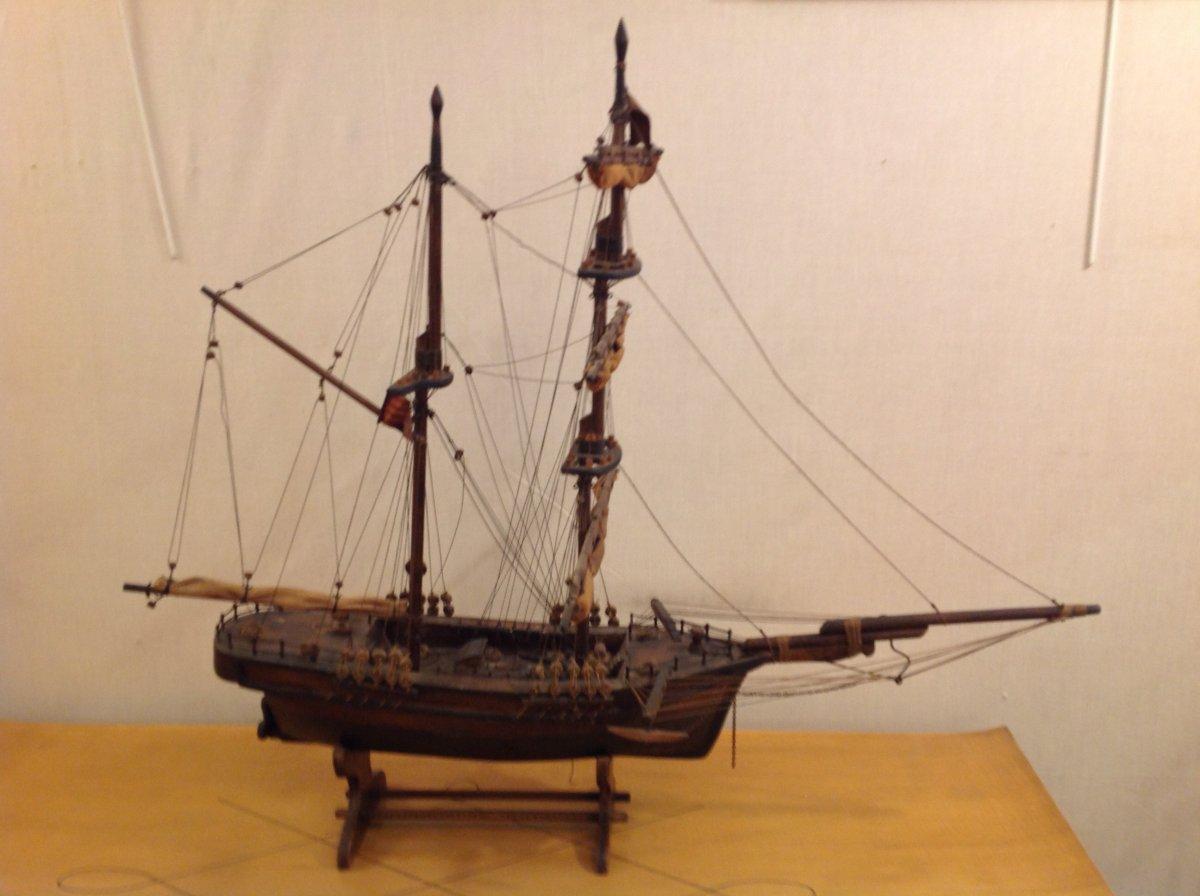 2 Mast Ship Model